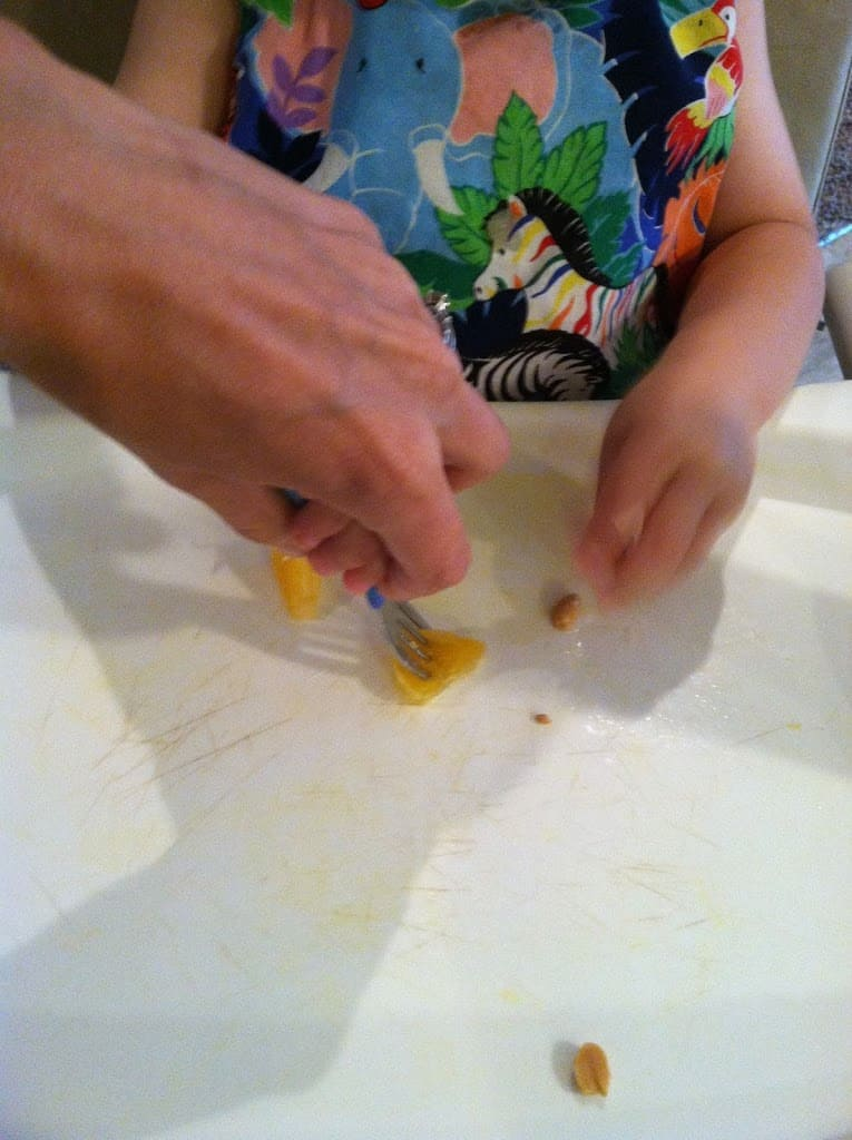Self Feeding The Complete Guide For Babies And Toddlers