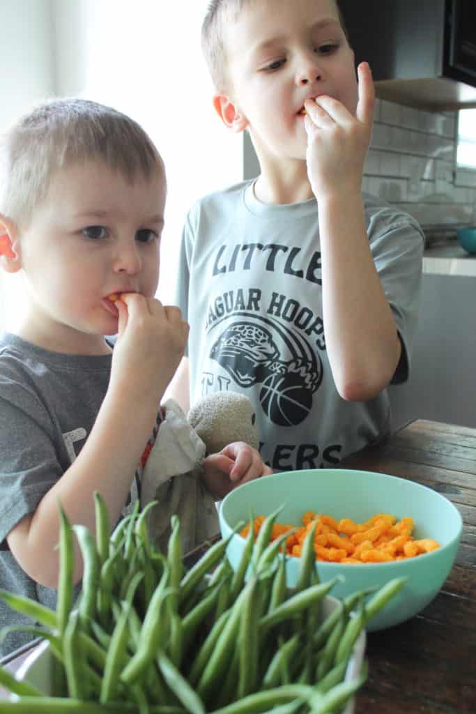 What you need to know about teaching kids about nutrition and the one big mistake that often backfires. And, learn easy nutrition activities for kids and toddlers!