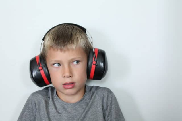 Learn how to help a child sensitive to noise, whether it's loud noise or other sounds with these 5 simple steps!