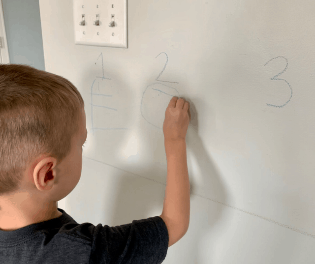 Does your child need some help with their handwriting, fine motor, and letter recognition skills? These 6 activities that can be used alone or in an obstacle course are perfect for preschool and kindergarten age kids, and are easily adapted for older kids too!