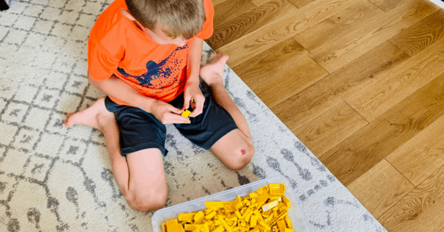Each child is born with a set of critical primitive reflexes to help them develop and keep them safe, but it's important these reflexes disappear. Learn why and if reflex integration therapy is right for your child.