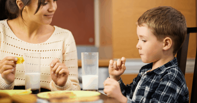 "Does your kid claim to ""not like"" many foods? Don't miss exactly what to say the next time they declare they don't like a food, it will totally turn the tables on them and even leave them open to trying a new food!"